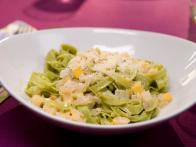 CCKEL101L_Fettuccine-with-Yellow-Squash-and-Parmesan-Lemon-Cream-Sauce_s4x3