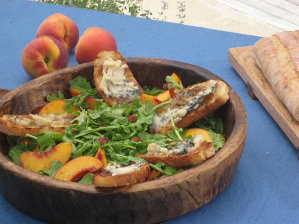 Peach and Arugula Salad with Crispy Pancetta and Gorgonzola