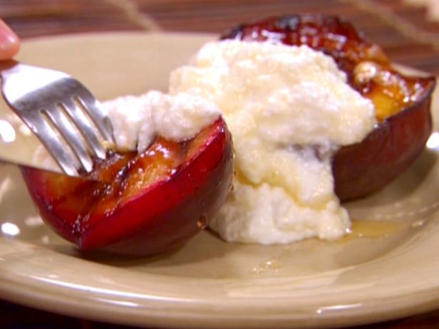 Grilled Fruit with Honey and Ricotta