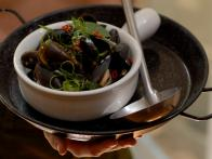 Mussels with Asian Basil and Oyster Sauce