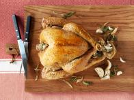 CC-kelsey-nixon_easy-herb-roasted-turkey-recipe-01_s4x3