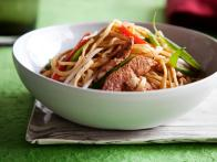 CC-ching-he-huang_chicken-chow-mein-recipe_s4x3