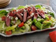 CC-Bobby-Deen_Healthy-BLT-Steak-Salad_s4x3