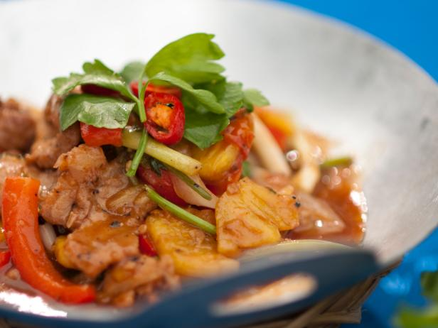 Stir Fried Pork Neck with Pineapple and Vegetables: Muc Xao Khom