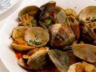 CCKEL208_Brothy-Clams-and-Chorizo_s4x3