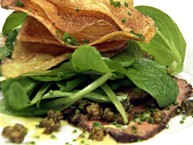 Pan Seared Beef Carpaccio With Potato Chips Fried Capers And Lemon Aioli