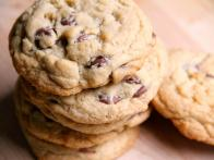 CC-kelsey-nixon_chocolate-chip-cookies-recipe_s4x3
