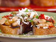 Bruschetta with White Beans, Sun-dried Tomatoes and Basil