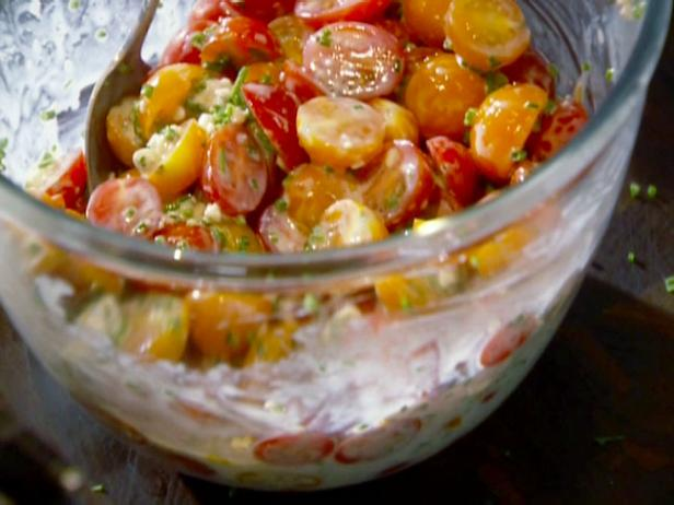 Cherry Tomatoes with Buttermilk Blue Cheese Dressing