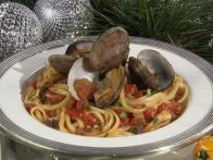 CCASHSP1_Nadia-G-linguine-with-clams-recipe_s4x3