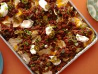 CC-kitchens_beef-and-chorizo-chili-cheese-nachos-recipe_s4x3
