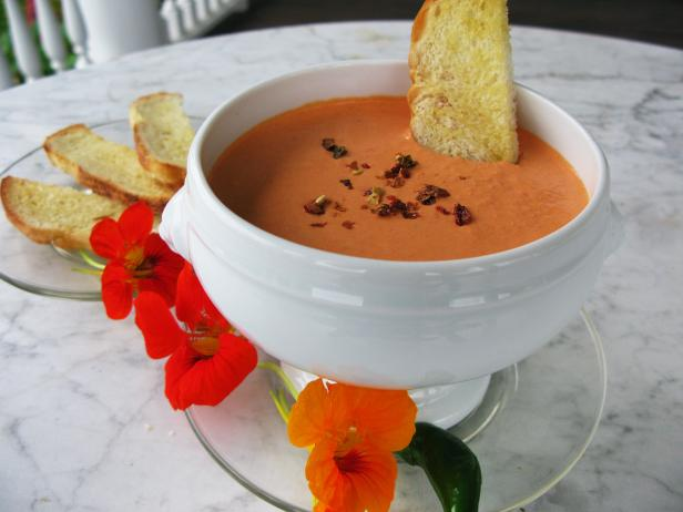 Roasted Red Pepper and Goat Cheese Dip