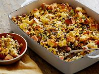 CCCLC213_Cornbread-and-wild-rice-dressing-with-pine-nuts-and-parsley-recipe_s4x3