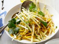 CCKEL407_Papaya-slaw-with-spicy-honey-vinaigrette-recipe_s4x3