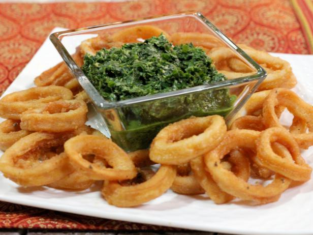 Curried Calamari with Cilantro and Mint Chutney