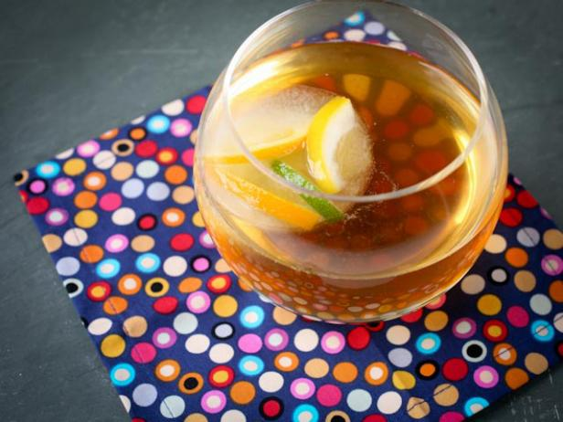 Bourbon Tea Punch with Citrus Ice Cubes