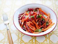 CC-Kitchens_beet-and-carrot-slaw-recipe_s4x3