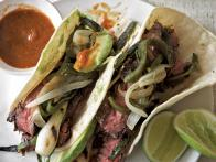 Grilled Garlic-Marinated Skirt Steak Tacos