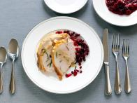 CCWID403_roasted-turkey-breast-with-creamy-gravy-and-cranberry-pomegranate-sauce-recipe_s4x3