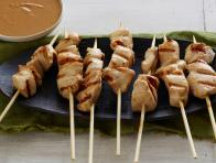 Chicken Sate with Spicy Peanut Dipping Sauce