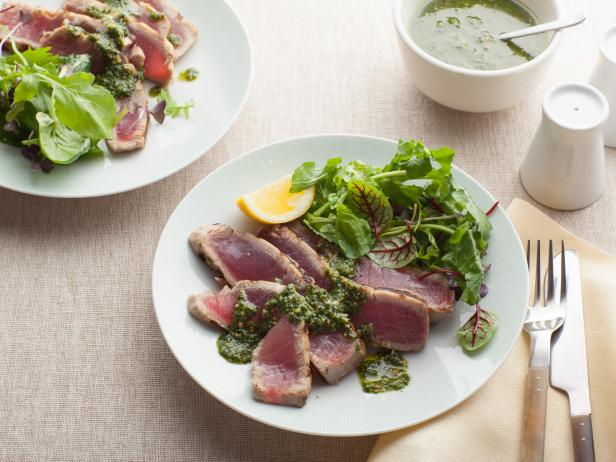 Grilled Tuna With Basil Pesto