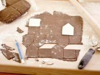 CC_Zoe-Francois-Mini-Gingerbread-Houses-Process-3_s4x3