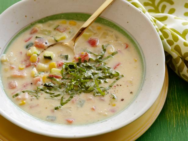 Creamy Corn and Vegetable Soup