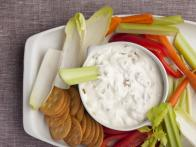 Thanksgiving-2011_EA1F08-onion-dip_s4x3