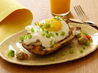 CCKEL209_Stuffed-Potato-Skin-Skillet-Hash-with-Fried-Eggs-Recipe_s4x3
