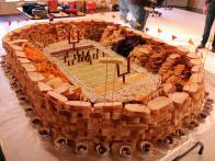 CCDevour_super-bowl-football-stadium-10_s4x3