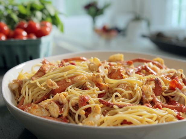 Lobster arrabbiata recipes cooking channel recipe for How to make lobster pasta