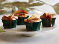 CC_alie-georgia-caramel-apple-cupcakes-recipe-with-cinnamon-frosting-01_s4x3