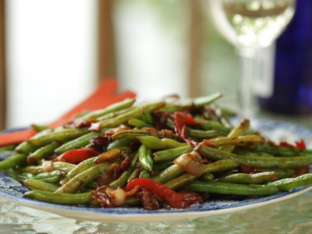 Louie and Pete's Hot and Spicy Green Beans