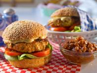 CCDRP209_Texas-Chicken-Burgers-Recipe-02_s4x3