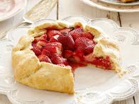 CCFFA410_strawberry-galette-recipe_s4x3