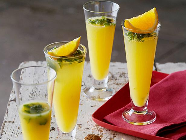 Spiced Orange Mimosas