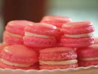 Pink Velvet Macaroons with Cream Cheese Filling