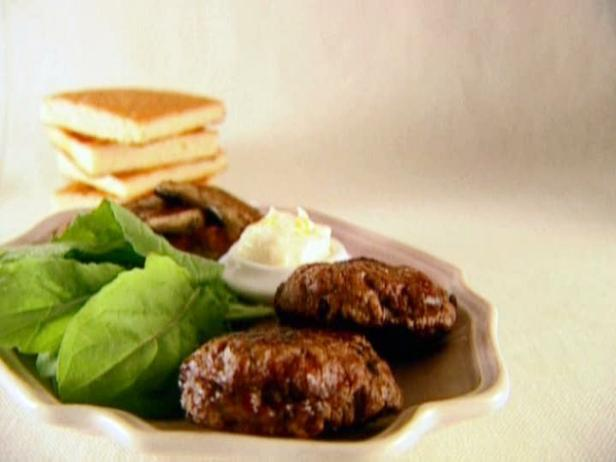 Beef Burgers with Mushrooms and Aioli