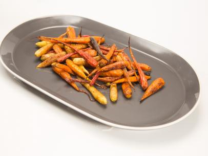 Spice-Roasted Colorful Carrots