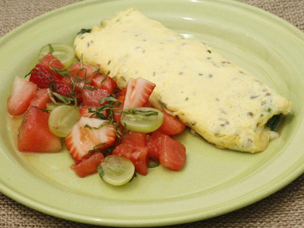Spinach and Cheese Omelet with Farm Fruit Salad in Champagne Vinaigrette