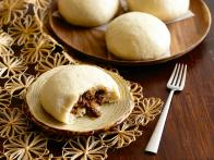 Hawaiian Steamed Beef Buns