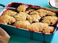 CCBBQ108_sour-mash-blackberry-cobbler-recipe_s4x3