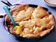 CCFOO115_bourbon-peach-cobbler-recipe_s4x3