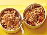 CCMPT414_pineapple-crisp-recipe_s4x3