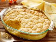 CC_thanksgiving-crust-creamed-corn-with-cornbread-crust-recipe-01_s4x3