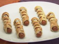 CCROSSP1H_Mummy-Hot-Dogs_s4x3