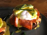 CCBAB510_Avocado-Salmon-Benedict-recipe_s4x3