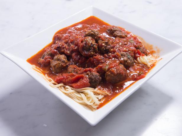 Meatballs and Linguine with Homemade Tomato Sauce