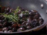 Sauteed Garlic Olives