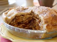 The Ultimate Caramel Apple Pie